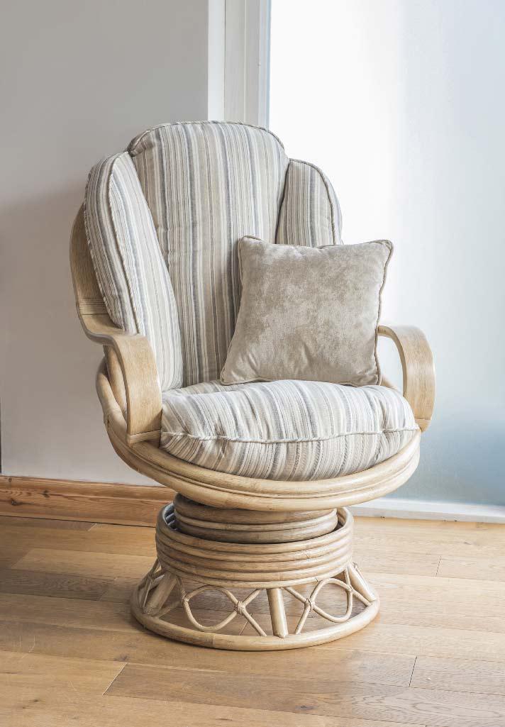 Seasons Wicker Cane Rattan Conservatory Furniture Swivel